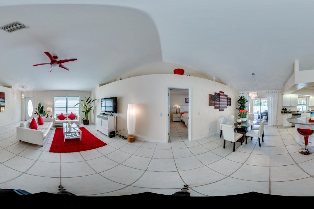 Living_Room_Panorama